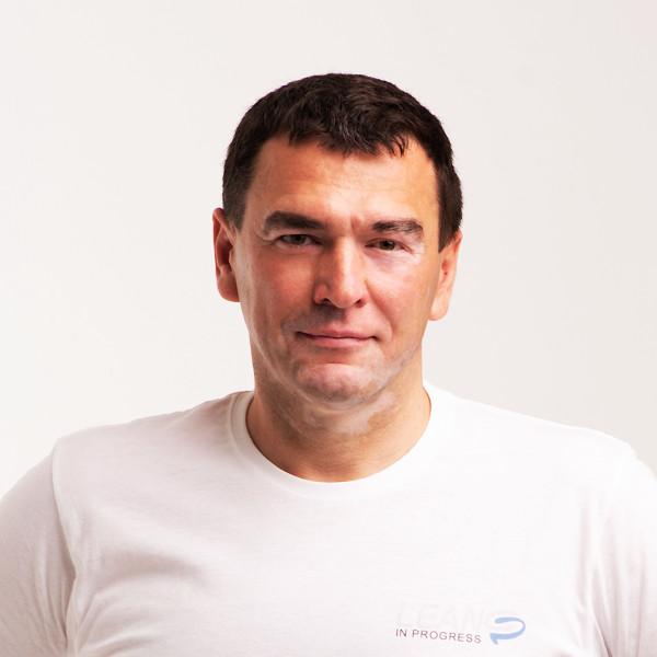 ОЛЕГ ЕБІНГЕР